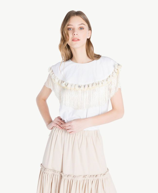Embroidered T-shirt White Woman TS829P-01