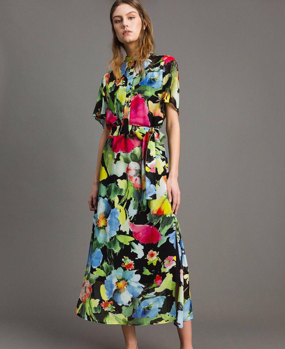 Georgette-Maxikleid mit Blumenmuster Motiv Schwarze Macro Blumen Frau 191TT2481-02