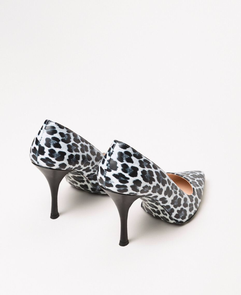 Animal print court shoes Lily Animal Print / Black Woman 201MCP01N-02