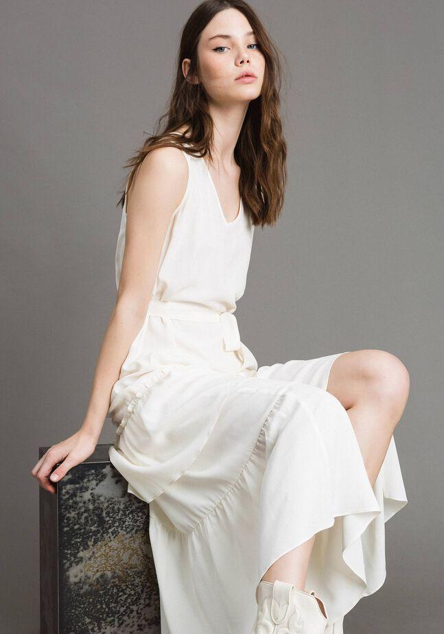 Robe longue en soie mélangée