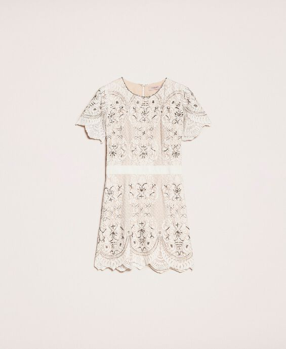 Lace dress with embroidery