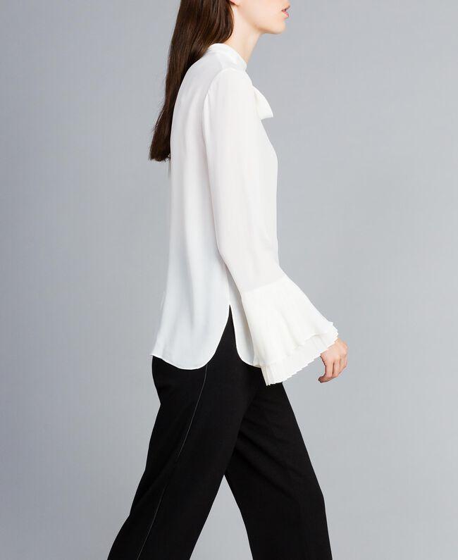 Blusa de seda mixta con plisados White Nieve Mujer TA823T-03