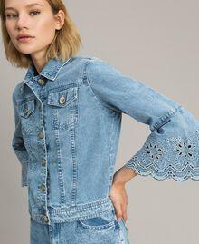 Blouson slim en jean avec broderie anglaise Bleu Denim Femme 191MP2430-05