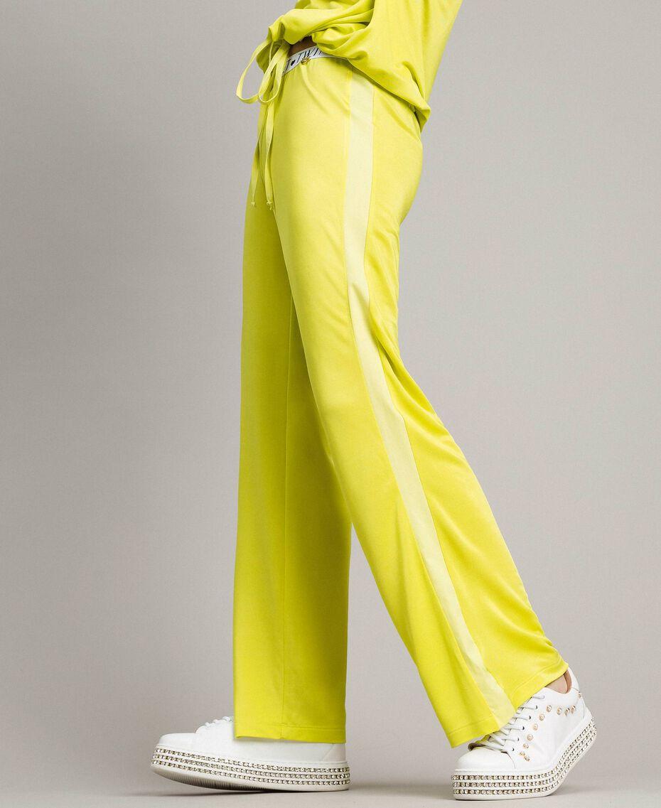 """Pantalon avec bandes latérales Jaune """"Jus De Citron"""" Femme 191LL23KK-03"""