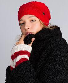 Mütze mit Herzen aus Chenillestickerei Rot Mohn Frau VA8P2V-0S