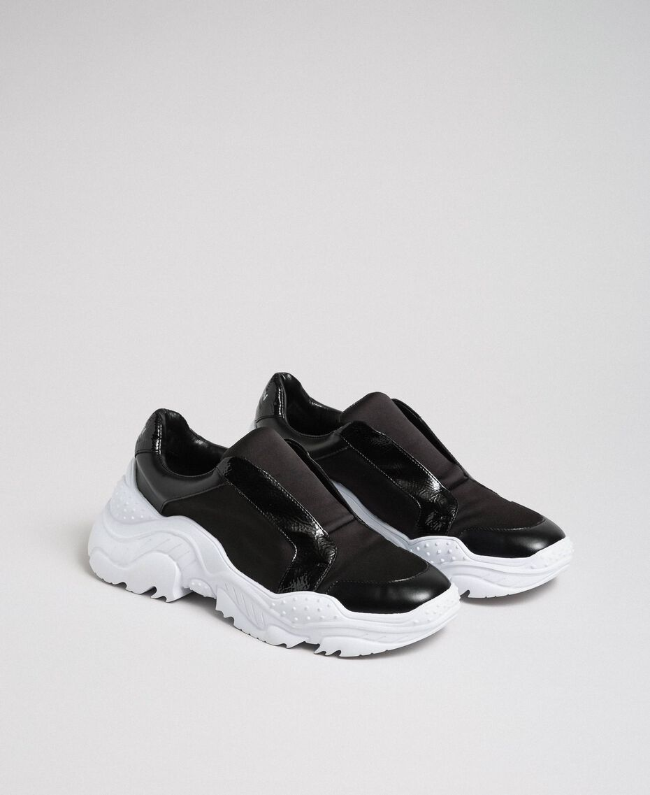 Faux leather running shoes with no laces Black Woman 192MCP06L-02