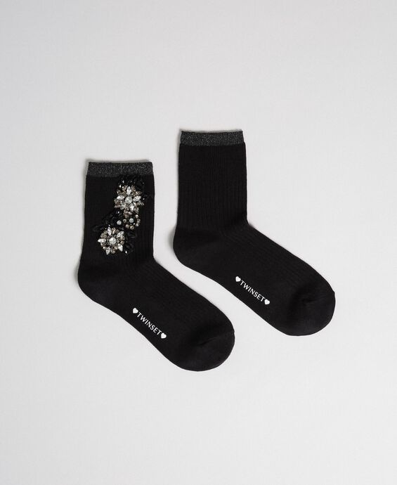 Short socks with stone embroidery