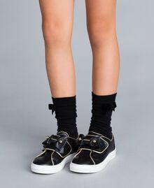 Sneakers in pelle con perle Nero Bambina HA88AE-0S