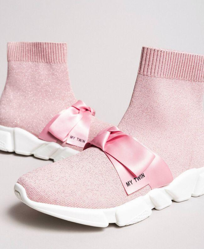 "Laufschuh mit Satinschleife ""Surreal Pink"" Frau 191MCP102-01"