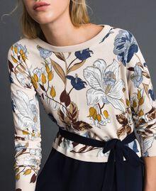 Kleid aus Gestrick und Crêpe de Chine mit Gürtel Herbstblumenprint Sahne Frau 192ST3225-04