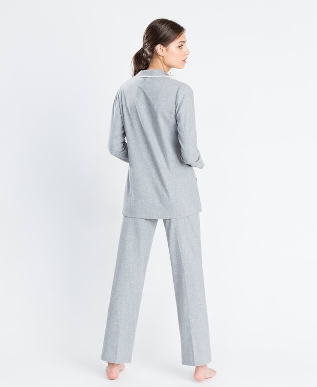 Pyjama aus meliertem Flanell Durchschnittgrau-Mélange Frau LA8BHH-03