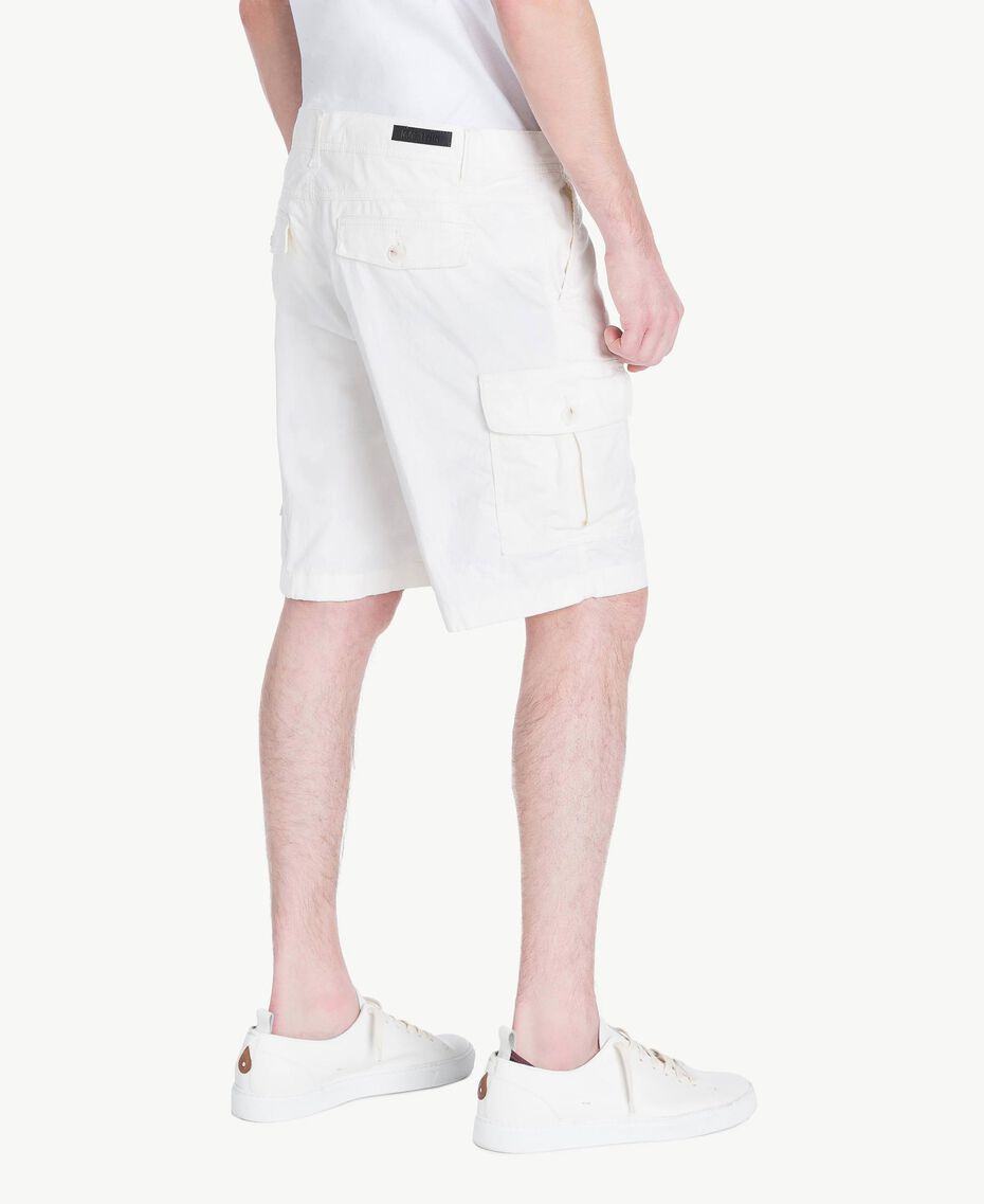 Cotton Bermuda shorts Matte White Man US823A-03