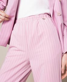 Pantalon cigarette à fines rayures Jacquard Rayé Rose «Bonbon» Femme 201ST2081-04