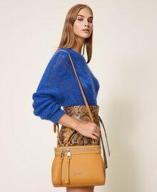 Kleine New Cécile Bag aus Lederimitat Golden Yellow Frau 202TB7181-0S