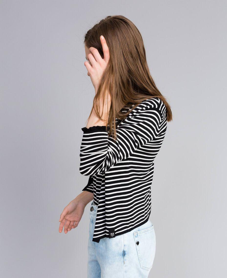 Cardigan à rayures bicolores avec ruches Rayure Noir / Blanc Nacre Femme JA83BR-02