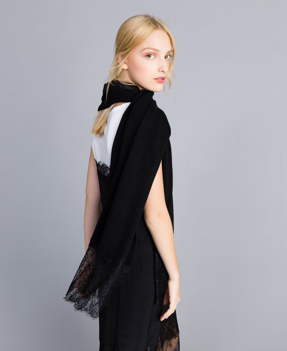 Cashmere and lace scarf Black Woman OA8T1H-0S