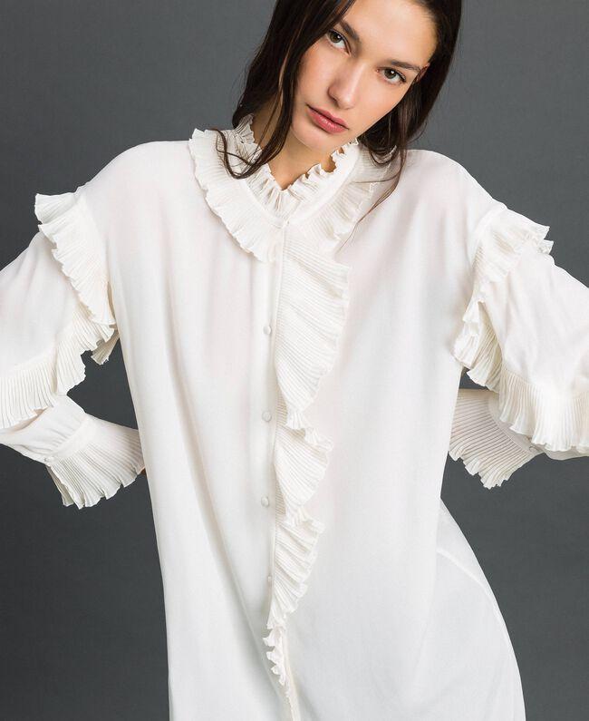 Kleid aus Crêpe de Chine aus Seidenmischung Weiß Schnee Frau 192TP2101-05