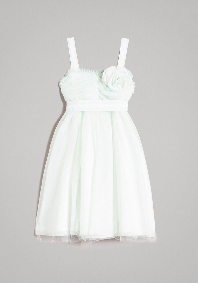 Tulle dress with flower-shaped brooch