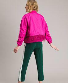"Бомбер из технической ткани с перьями ""Electric Pink"" Фуксия женщина 191TP2011-03"