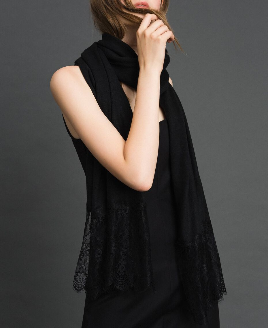 Knitted scarf with lace appliqués Black Woman 192TO536K-0S