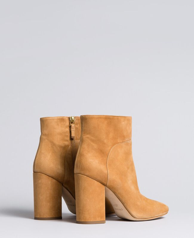Leather ankle boots Camel Woman CA8PL1-03