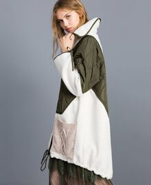 "Nylon and faux shearling parka Bicolour Forest Green / ""Snow"" White Woman TA82BQ-02"