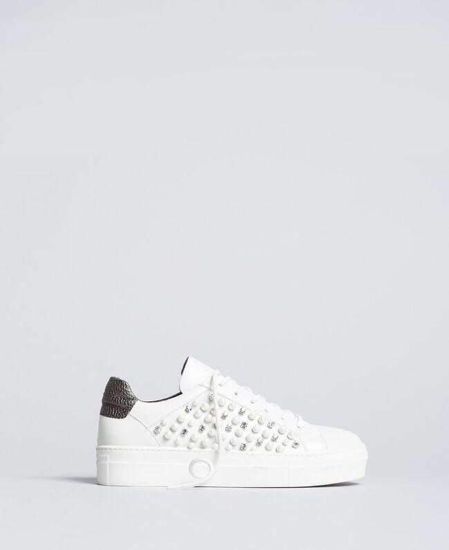 """Sneakers mit Zierperlen und Nieten """"Ice""""-Weiß Frau DA8PBS-03"""