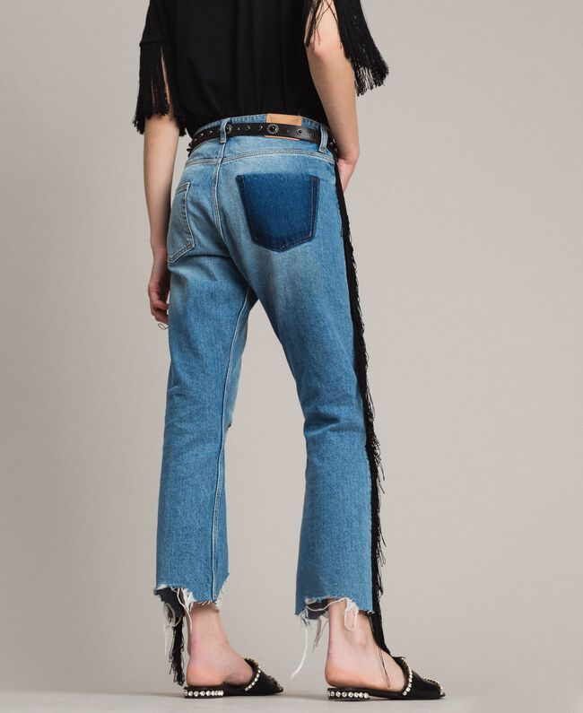 "Boyfriend jeans with floral patch and fringes ""Mid Denim"" Blue Woman 191TT2510-03"