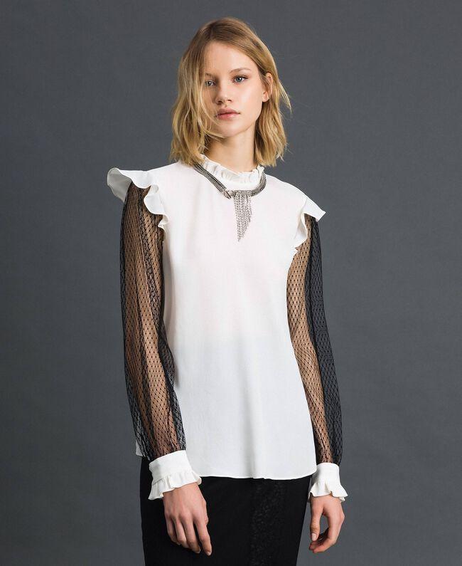 Blouse en crêpe de Chine de soie mélangée et tulle Bicolore Noir / Blanc Neige Femme 192TP2362-04