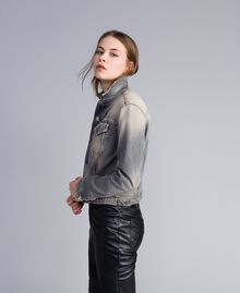 Jacke aus Denim Denim-Grau Frau JA82YC-02