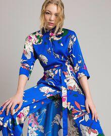 Satin-Hemd-Kleid mit Blumenmuster Motiv Windblumen Kornblumenblau Frau 191TP2454-01