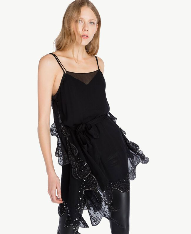 Embroidered top Black Woman PS827A-04