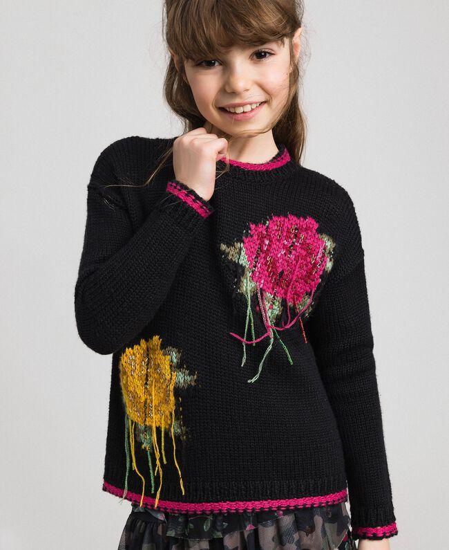 Pull en laine mélangée avec incrustation de roses Noir / Fuchsia «Bonbon» Enfant 192GJ3020-01