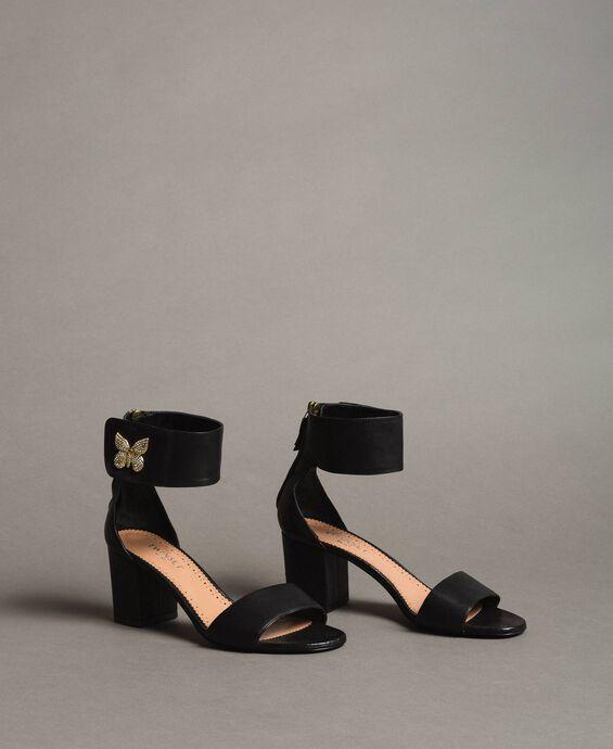 Sandales en cuir avec papillon en strass