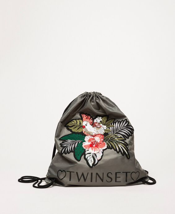 Sackpack with floral patch
