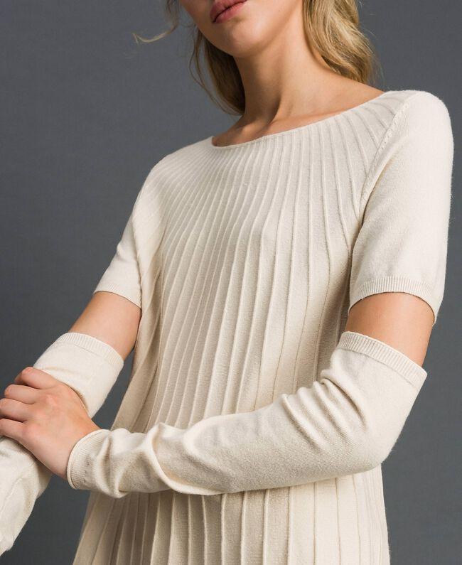 Pull plissé avec manchons Blanc Crème Femme 192ST3171-04