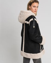 "Faux shearling reversible coat Black / ""Vanilla"" White Woman 192MT2021-03"
