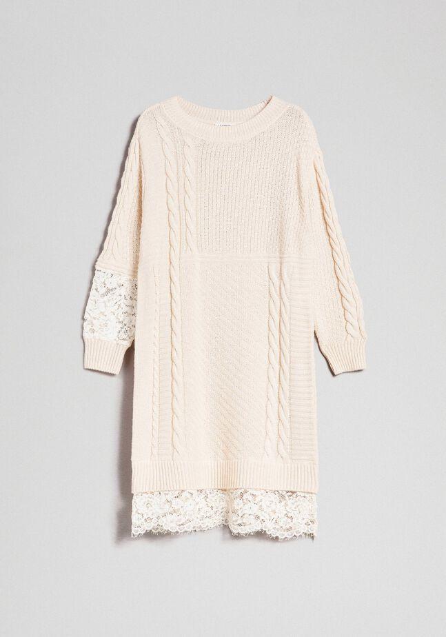 Robe en laine mélangée avec mélange de points et dentelle
