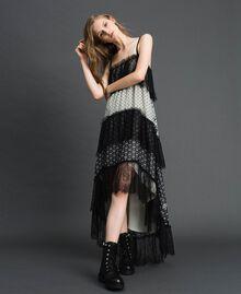 Robe longue en crêpe georgette imprimé avec dentelle Imprimé Mélange «Air de Neige» Noir et Vanille Femme 192MT2393-01