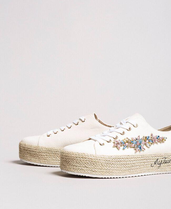 Sneakers con pietre applicate e logo Porcellana Beige Donna 191MCP03A-01