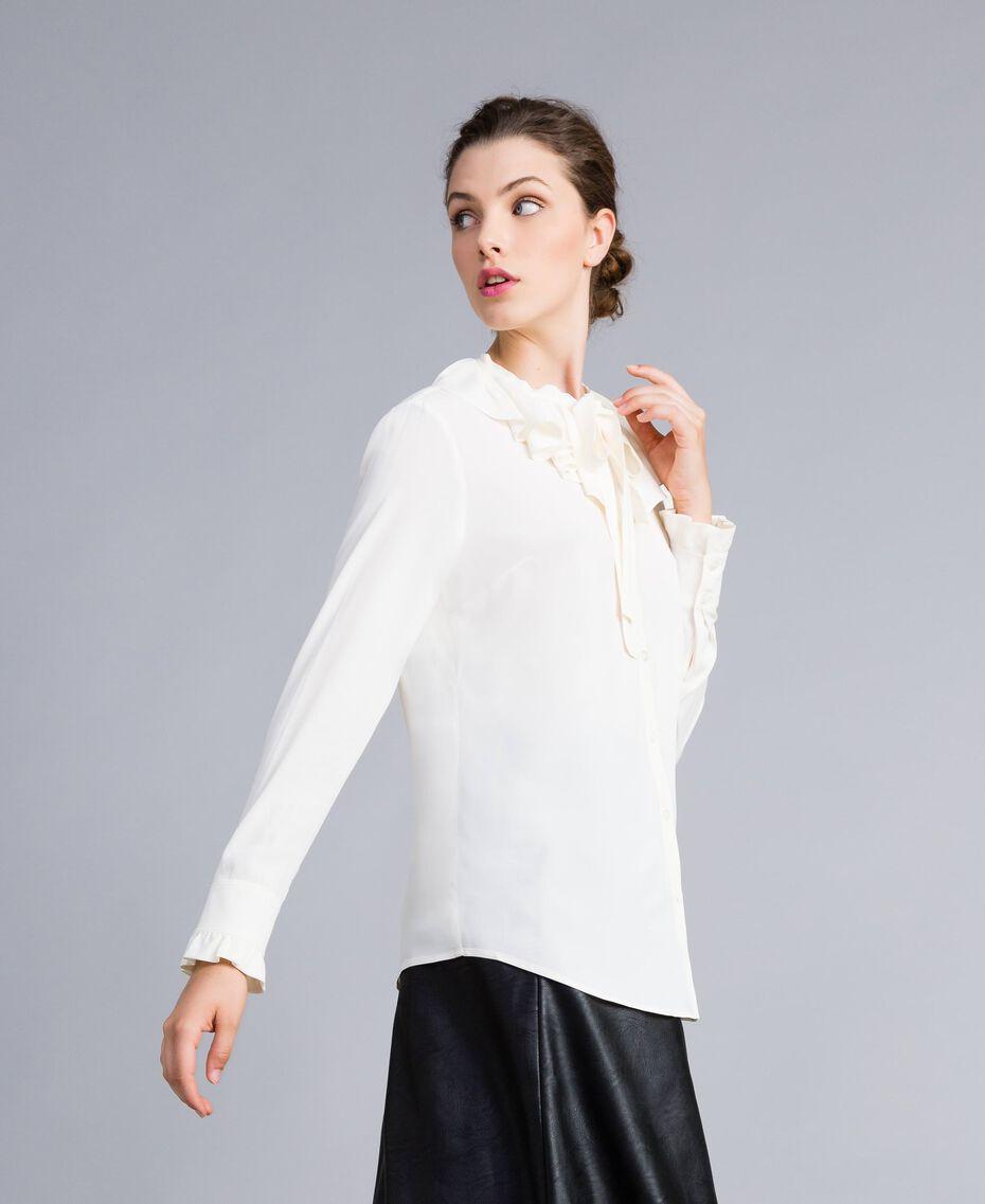 Chemise en soie mélangée avec col pierrot Blanc Neige Femme PA828F-02