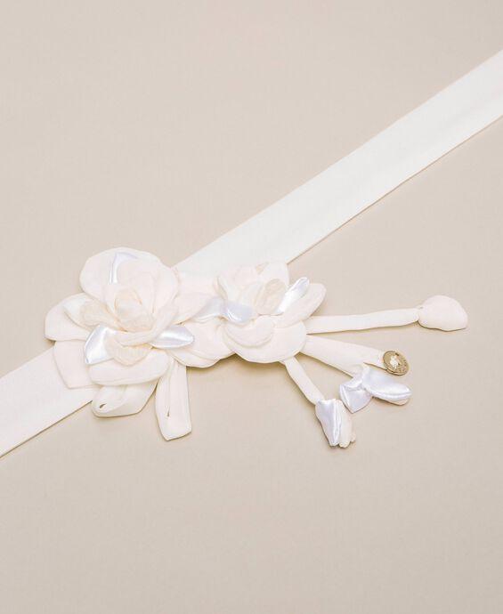 Sash belt with flowers