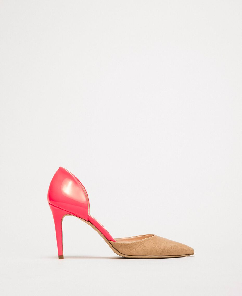 """Patent leather and leather court shoes Two-tone """"Desert"""" Beige / Fluo Fuchsia Woman 201TCP012-03"""