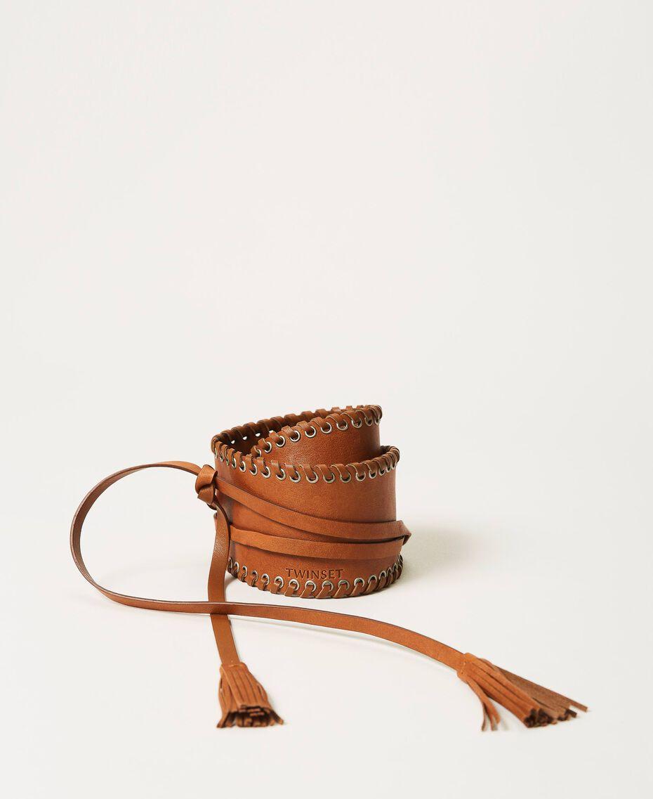 Bindegürtel aus Leder mit Ösen Schwarz Frau 211TO506C-02