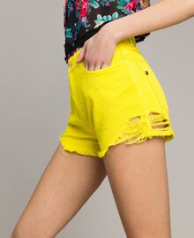 Cotton shorts with ripped details Fluorescent Yellow Woman 191MT2191-01