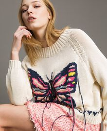 Boxy top with hand embroidered butterfly Pale Ecru Woman 191TP3110-01
