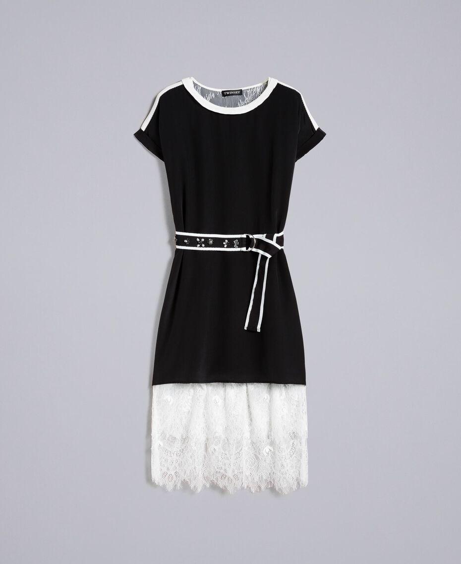 Kleid aus Seide mit Rüschen Zweifarbig Schwarz / Schneeweiß Frau PA82EU-0S