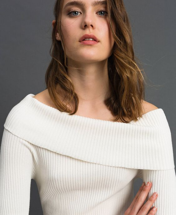 Ribbed jumper with plunge neck
