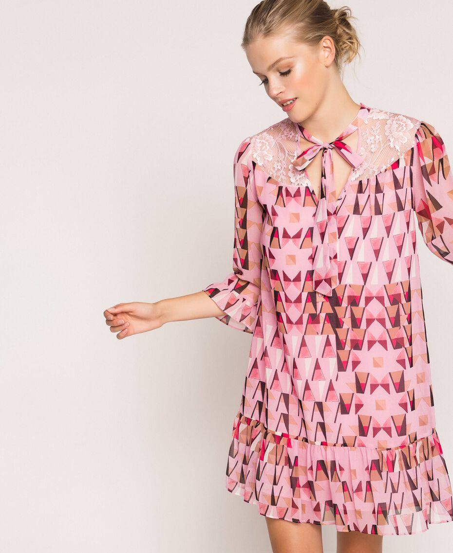 """Платье из набивного жоржета с кружевом Принт Геометрический Розовый """"Конфета"""" женщина 201ST2180-05"""