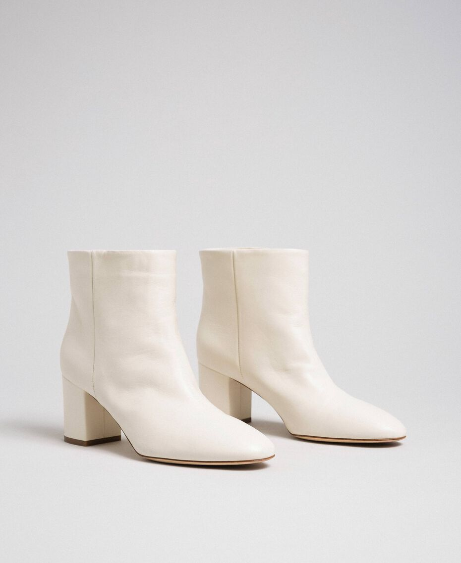 Leather ankle boots Off White Woman 192TCP102-02